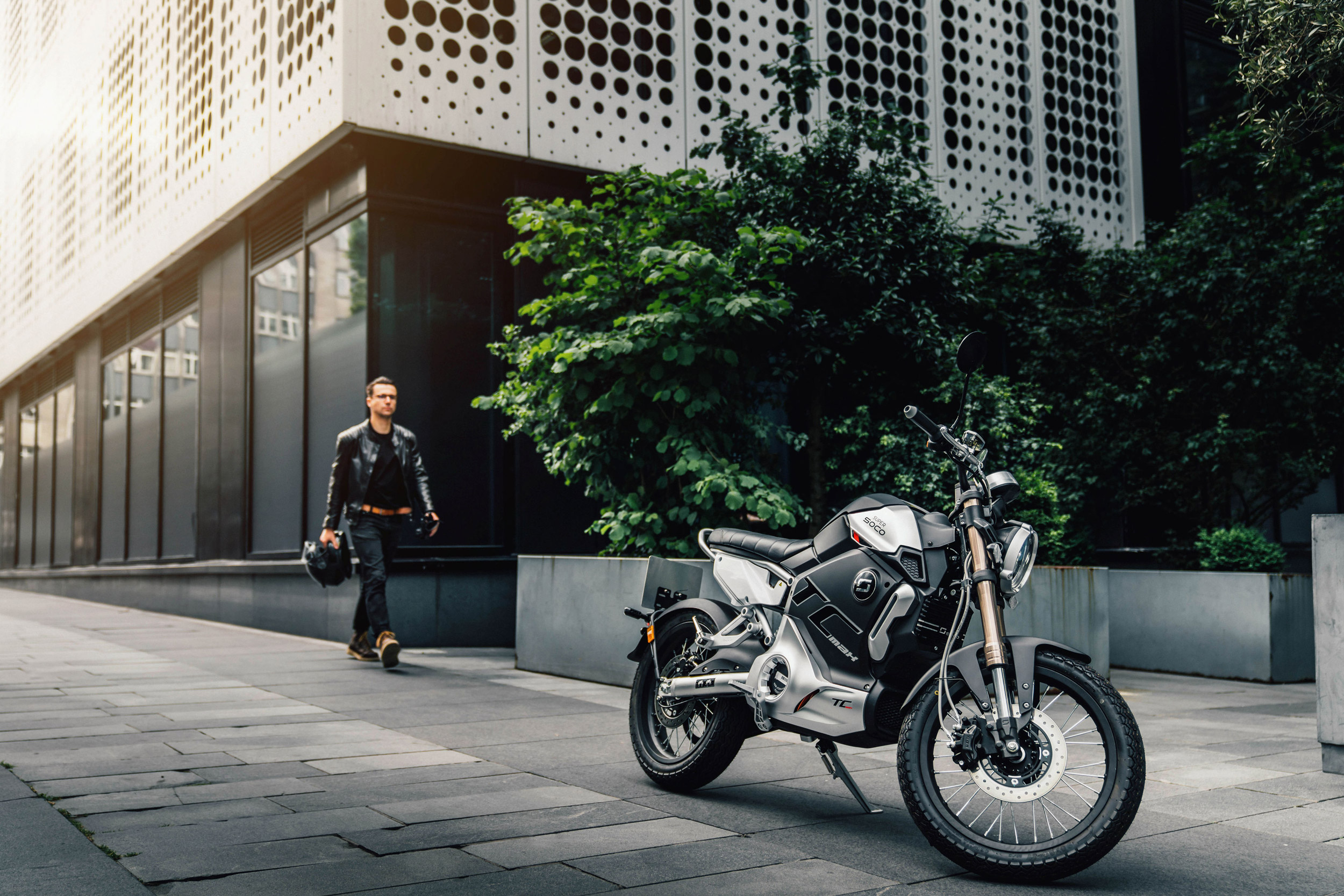 London Ultra Low Emission Zone expansion with Super Soco ecetric motorcycles providing the ideal alternative option to get around